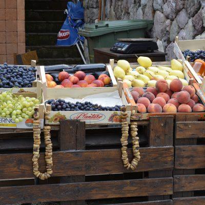 Früchte auf dem Markt in Montenegro
